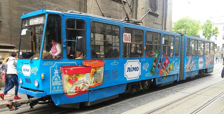 Реклама на трамваї